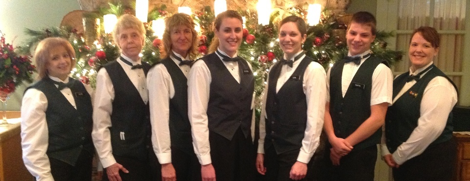 Our dining room staff is waiting to welcome you in the clubhouse!